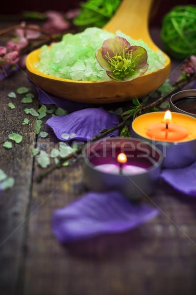 Fürdő só fürdőkád aromás gyertyák egészség Stock fotó © fotoaloja