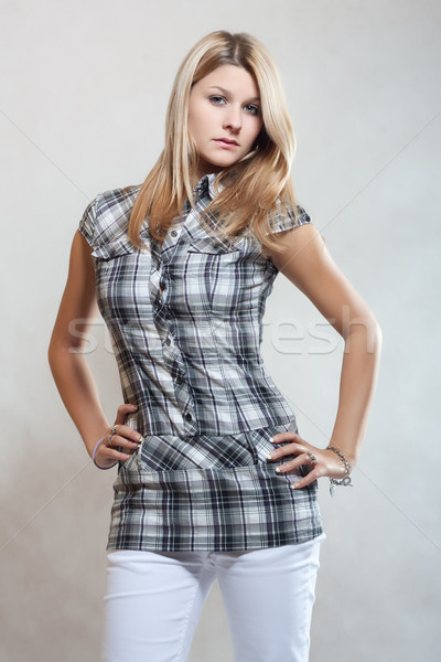 Mooie jonge mode meisje aantrekkelijk blond Stockfoto © fotoduki