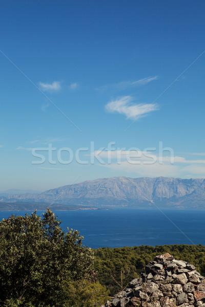 Zee zomer Blauw bergen hemel Stockfoto © fotoduki