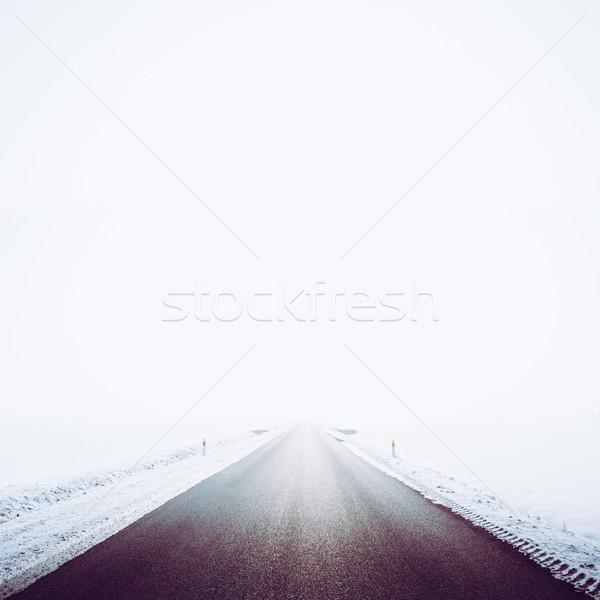 Romantizm kış dondurulmuş yol boş bağbozumu Stok fotoğraf © fotoduki