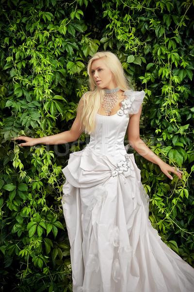 привлекательный блондинка невеста роскошь одежды белый Сток-фото © fotoduki