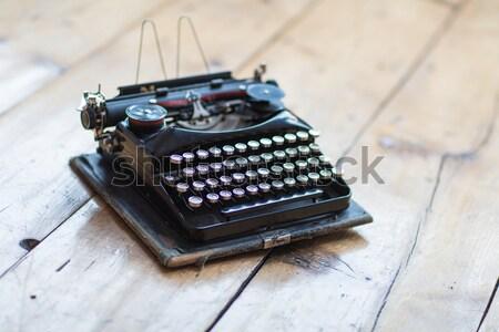 ヴィンテージ タイプライター 英雄 ヘッダ 木製 デスク ストックフォト © fotoduki