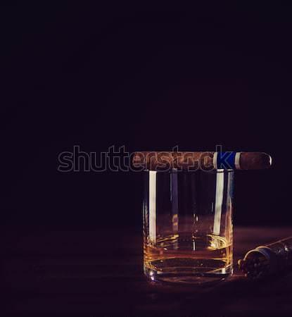 Uísque charuto relaxar gosto vidro fumar Foto stock © fotoduki