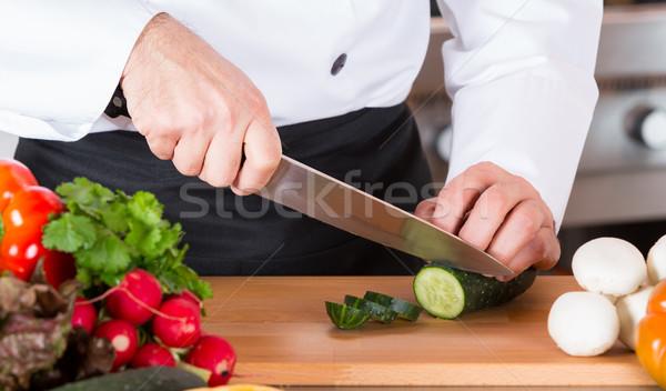 Szakács tapsolás zöldségek vág friss finom Stock fotó © fotoedu