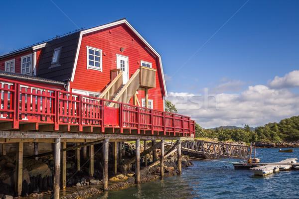 Noruega ilha pequeno pescaria aldeia nuvens Foto stock © fotoedu