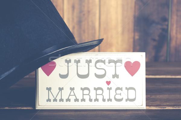 Poster yeni evliler üst şapka damat sevmek Stok fotoğraf © fotoedu