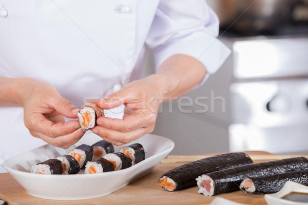 Chef sushi delicioso restaurante mãos comida Foto stock © fotoedu