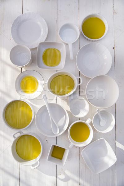Pequeño extra virgen aceite de oliva presentación blanco Foto stock © Fotografiche