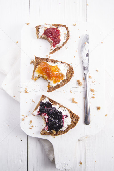 Ontbijt brood jam Italiaans volkorenbrood boter Stockfoto © Fotografiche