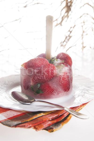 イチゴ アイスクリーム プレゼンテーション クリーム フルーツ プレート ストックフォト © Fotografiche