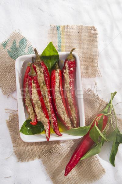Picante chile relleno relleno salsa atún Foto stock © Fotografiche