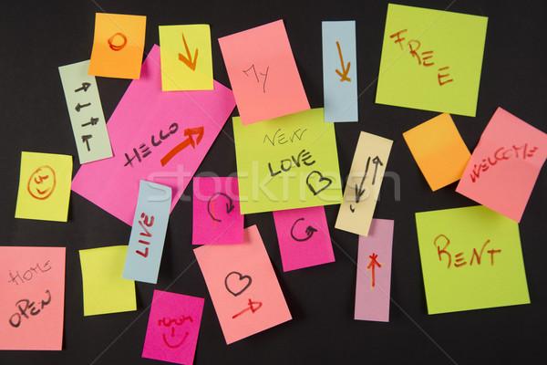 Clipboard pequeno papel escrever notas Foto stock © Fotografiche
