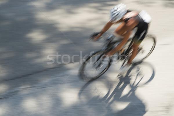 Yarış bisikletler bisiklete binme yarış koşucu bulanıklık Stok fotoğraf © Fotografiche