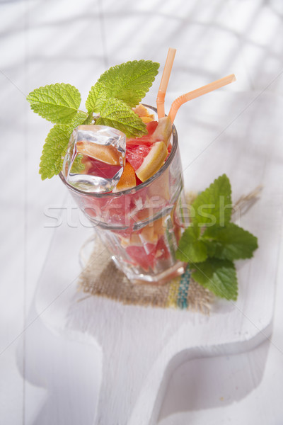 Boire rouge pamplemousse fruits menthe alimentaire Photo stock © Fotografiche