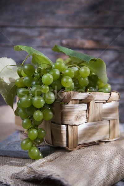 Bunch of grapes  Stock photo © Fotografiche