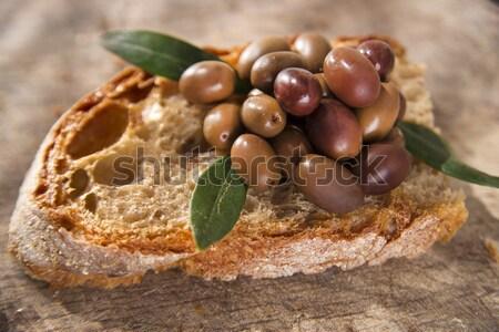 Kenyér olajbogyók falatozó szelet étel gyümölcs Stock fotó © Fotografiche