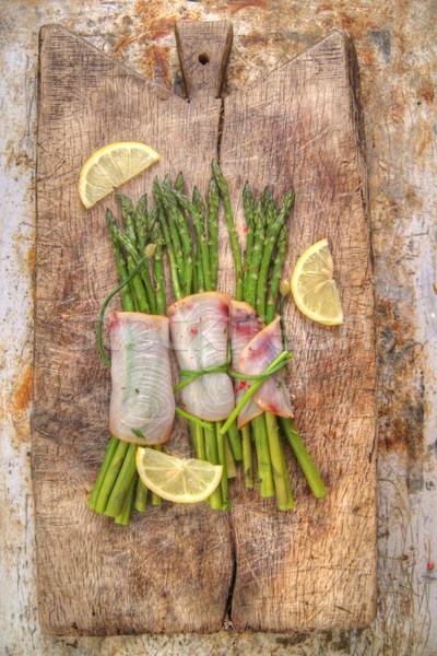 Kuşkonmaz kılıçbalığı ikinci garnitür balık restoran Stok fotoğraf © Fotografiche
