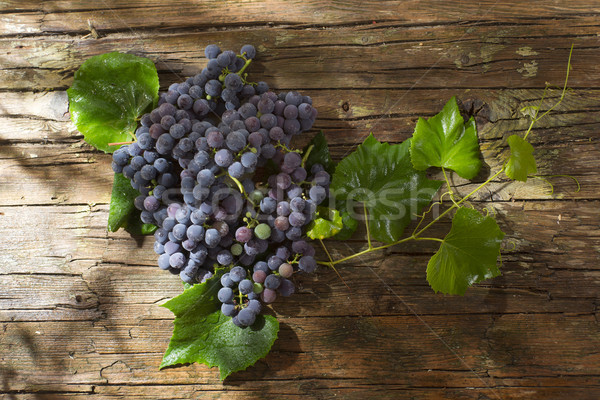Black grape strawberry Stock photo © Fotografiche