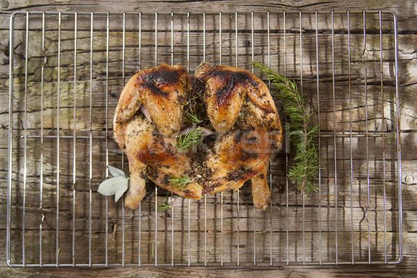 A la parrilla marinado pollo presentación hierbas Foto stock © Fotografiche