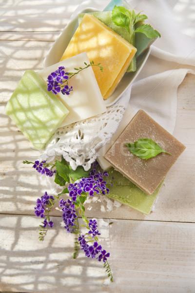 Sabão peças diferente flor Foto stock © Fotografiche