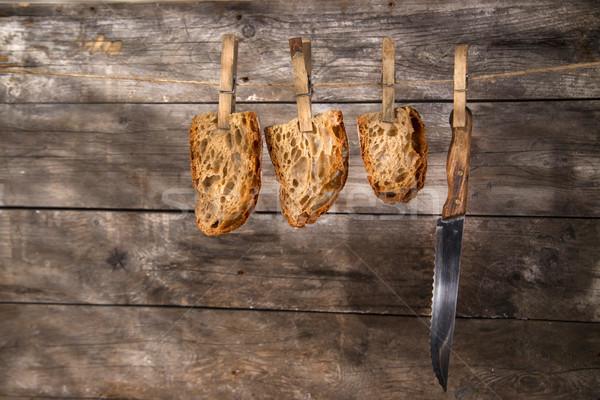 Szelet kenyérszelet teljes kiőrlésű kenyér sült fa sütő Stock fotó © Fotografiche