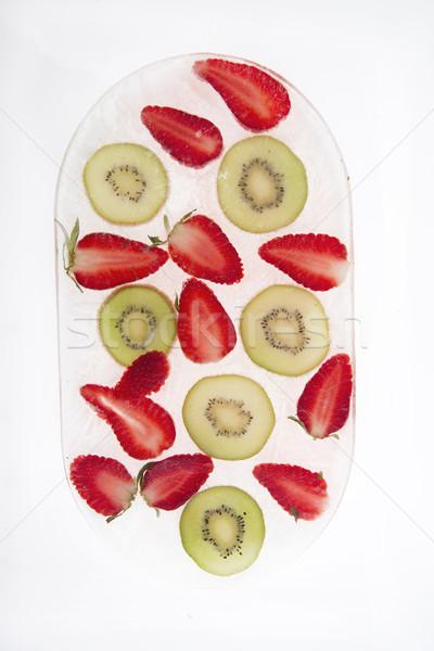 Kivi çilek dilimleri meyve dondurulmuş su Stok fotoğraf © Fotografiche
