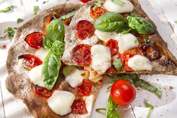 Pizza volkoren meel glucose restaurant diner Stockfoto © Fotografiche