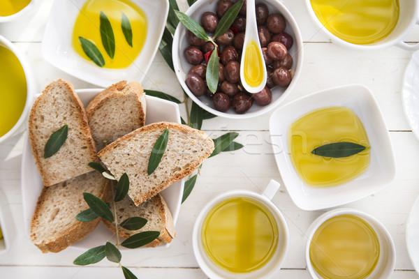 Stok fotoğraf: Ekmek · zeytinyağı · tanıtım · zeytin · arka · plan