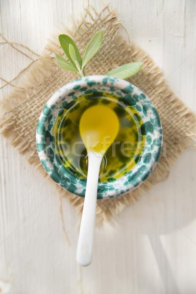 Klein container extra maagd olijfolie presentatie Stockfoto © Fotografiche