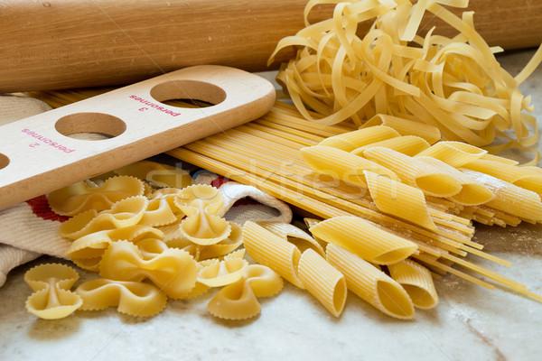 Ev yapımı makarna malzemeler mutfak arka plan Stok fotoğraf © fotoquique