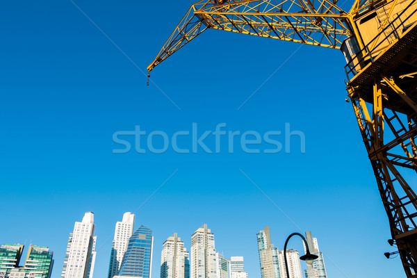 Buenos Aires kikötő sziluett hajók iroda víz Stock fotó © fotoquique