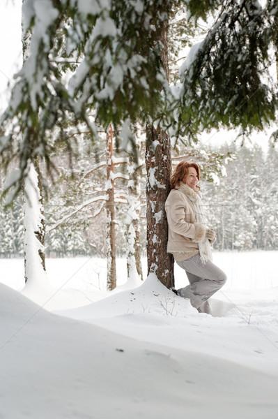 Vrouw bos gelukkig dag boom Stockfoto © fotorobs