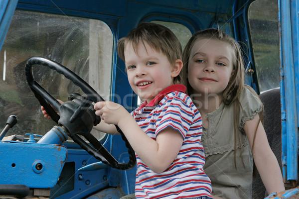 Tekerlek kardeş kardeş ilk zaman traktör Stok fotoğraf © fotorobs