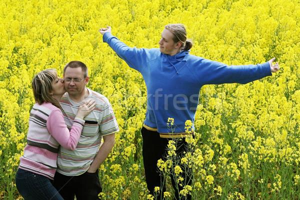 Drei Personen Wiese glücklich Paar Sohn Stock foto © fotorobs