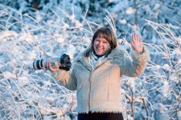 Vrouw foto camera gelukkig fotograaf Stockfoto © fotorobs