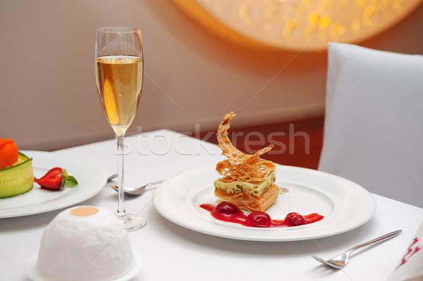 Stockfoto: Dessert · restaurant · heerlijk · bes · saus · glas