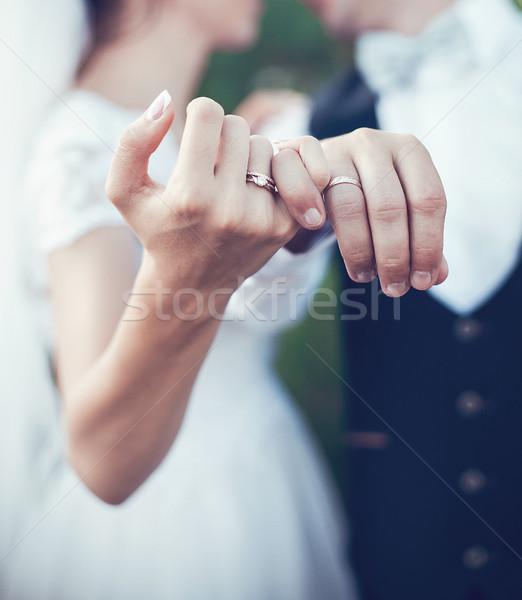 Pierścienie ślub piękna złota ceremonia dziewczyna Zdjęcia stock © FotoVika