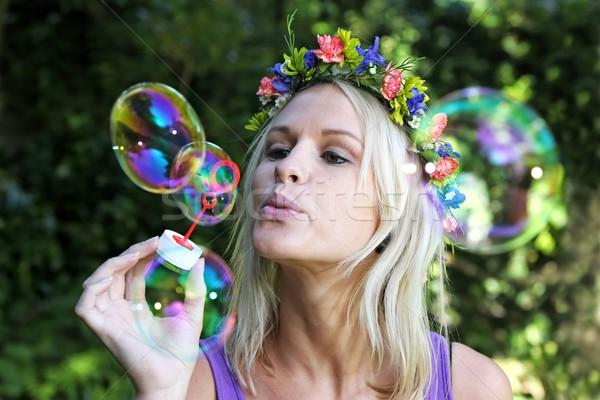 Mooie bubble blazer meisje prachtig blond Stockfoto © fouroaks