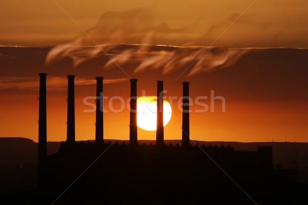 Fabriek verontreiniging roken zonsondergang opwarming van de aarde brand Stockfoto © fouroaks