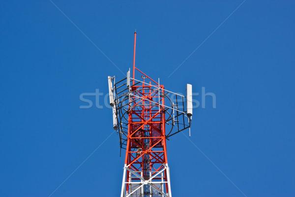 Téléphone portable communication antenne tour ciel bleu télévision Photo stock © FrameAngel