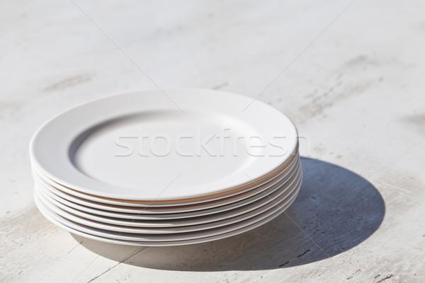Placas sombra mesa de jantar café fundo Foto stock © FrameAngel