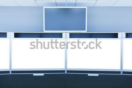 Teleconferentie scherm display technologie zakenman monitor Stockfoto © FrameAngel