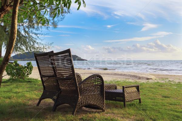 şezlong kum plaj rahatlatıcı yaz sandalye Stok fotoğraf © FrameAngel