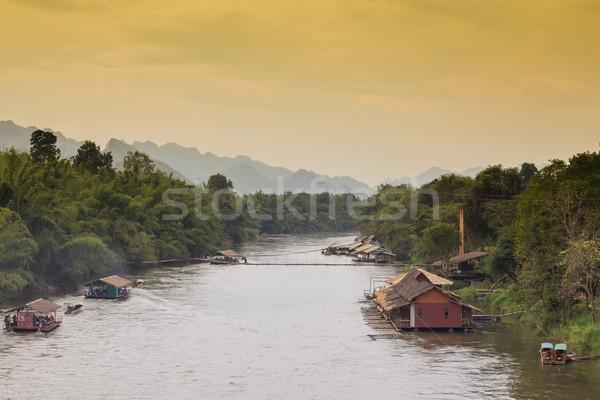 Domów rzeki domu domu bambusa nieruchomości Zdjęcia stock © FrameAngel