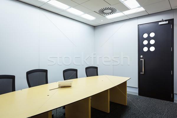 видео конференции бизнеса деловое совещание комнату телефон Сток-фото © FrameAngel