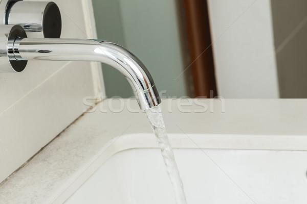 Robinet d'eau boire lac salle de bain propre Photo stock © FrameAngel