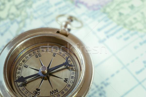 Brújula mapa viaje búsqueda herramienta objetivo Foto stock © FrameAngel
