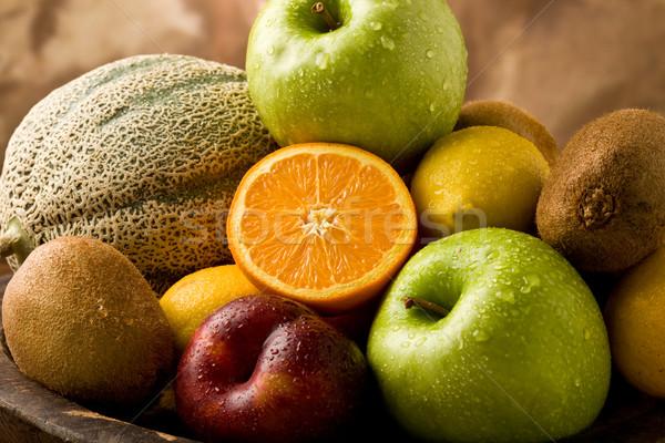 Gyümölcs mix fotó különböző organikus gyümölcsök vízcseppek Stock fotó © Francesco83
