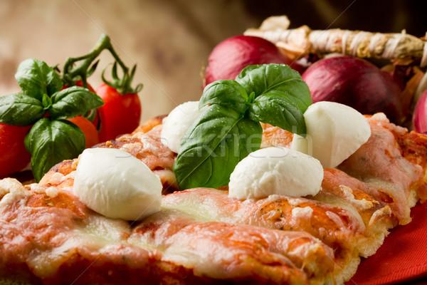Сток-фото: пиццы · моцарелла · ломтик · деревянный · стол · томатный
