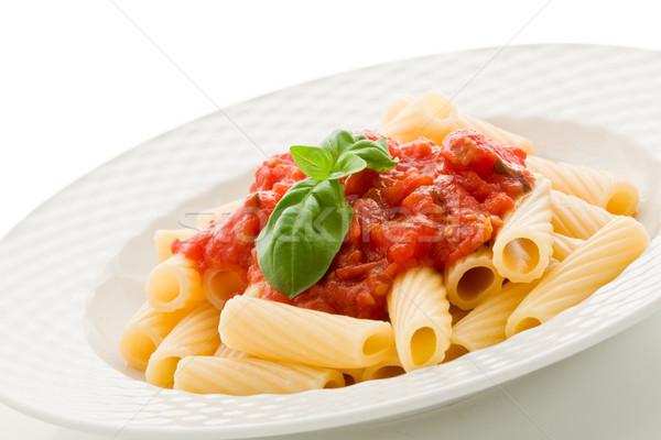 Pasta salsa de tomate albahaca foto delicioso blanco Foto stock © Francesco83
